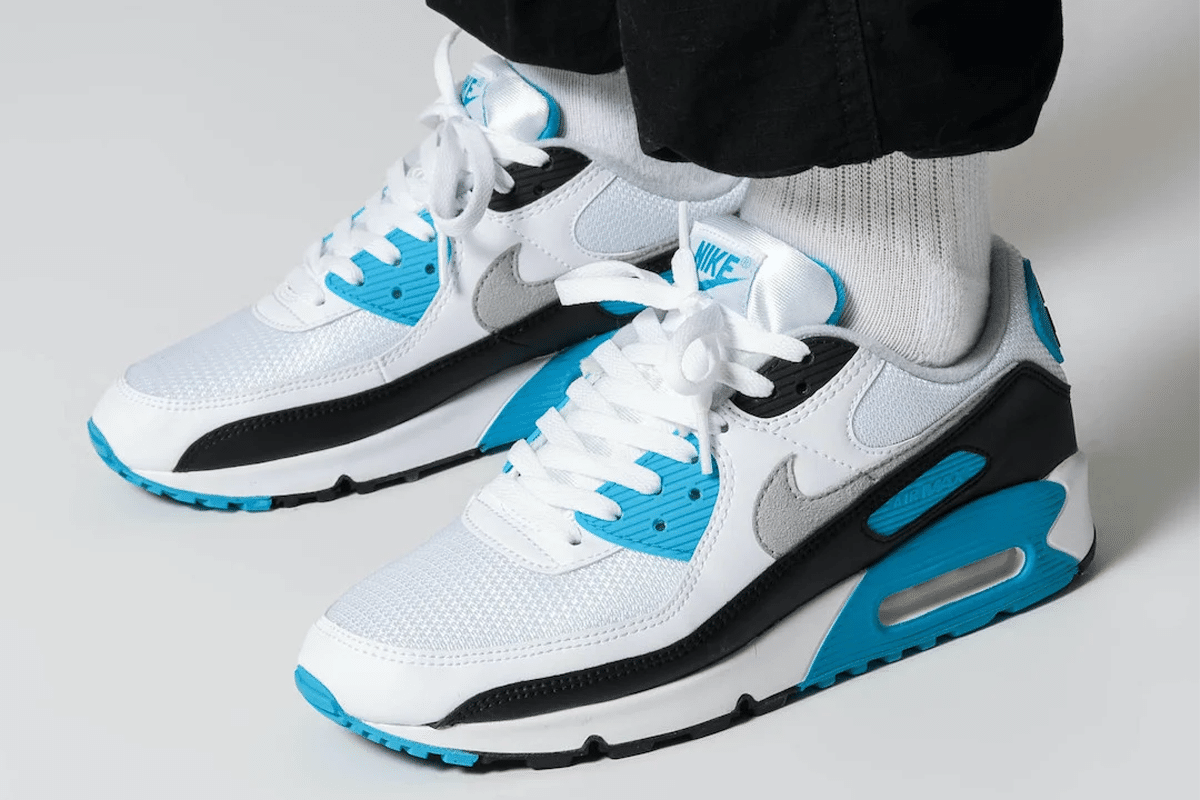 Am90 laser blue sneakerfiles