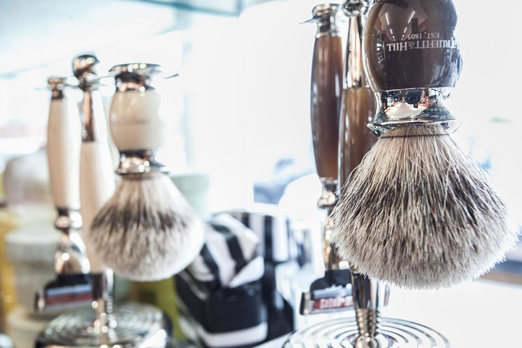 the barber hood mens grooming