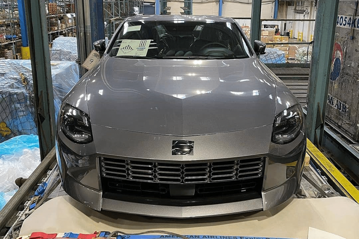 Nissan 400z Leck Frontend
